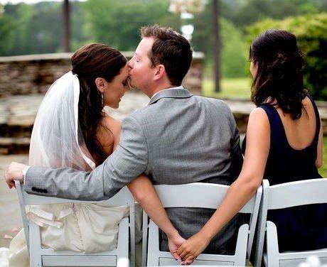 damigella d'onore e sposi