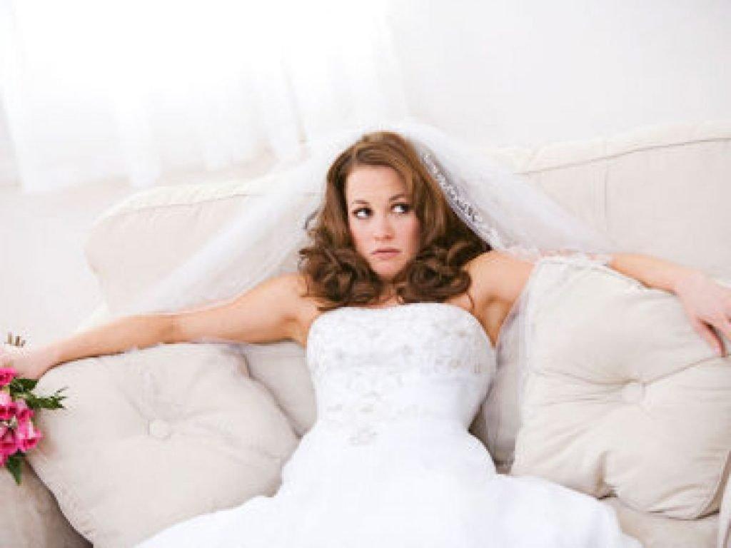 gestione della famiglia - sposa stressata